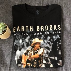 Garth Brooks| Concert Tour 2014-2016 Graphic Tee